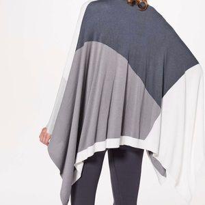 lululemon Hatha Wrap Grey and White